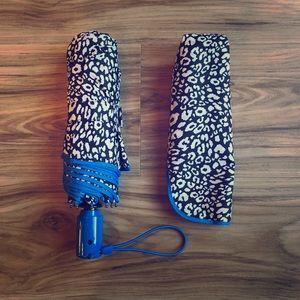 Vera Bradley Leopard Umbrella